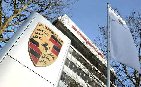 Court throws out damage claims against Porsche