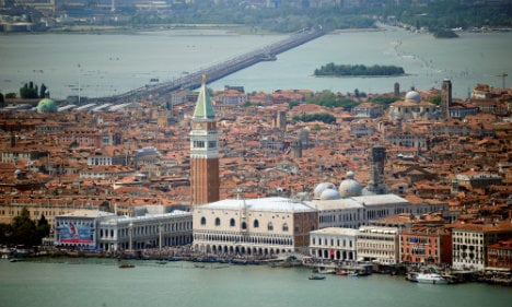 Venice votes to cut ties with Italy in online poll