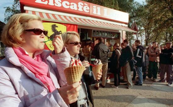 Ice cream to GDR farm chic – seven days in pics