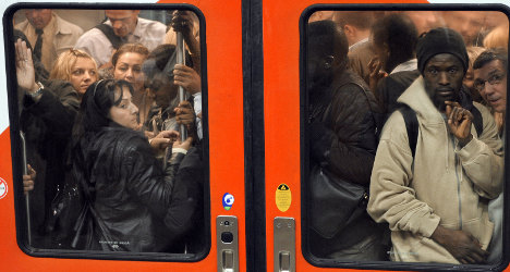 Free public transport costs Paris €4m a day