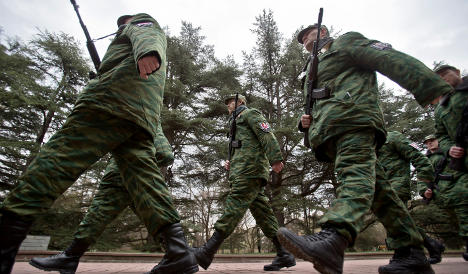 Swedish TV team freed by Russian military