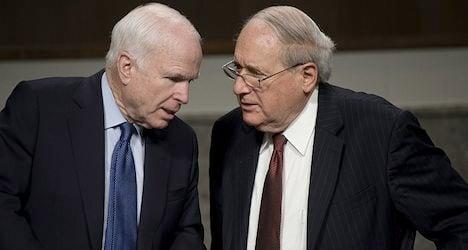 US senators seek Swiss bankers' extradition