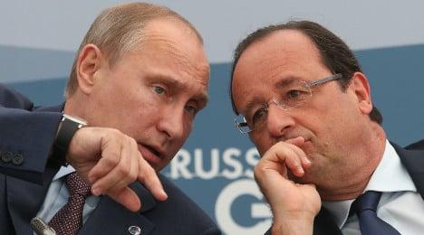 France to Russia: Seizing Crimea is 'unacceptable'