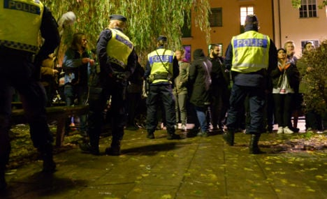 Cake shover, 60, on trial for Åkesson attack