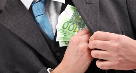 Bribery scandal hits ex-Finmeccanica bosses
