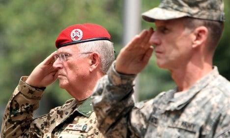 Ex-generals: Bring back conscription