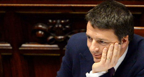 Renzi's reform boosted by confidence vote