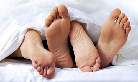 Window lurker calls cops over bedroom intimacy