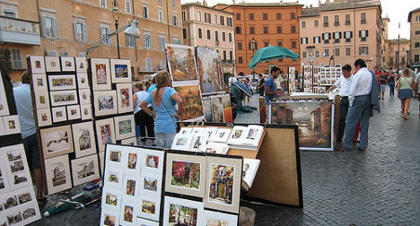 Rome's 'artists' slash themselves over eviction