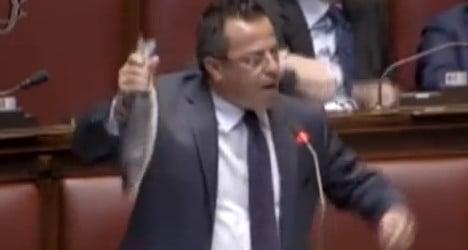 Fish stunt costs far-right MP €2,500