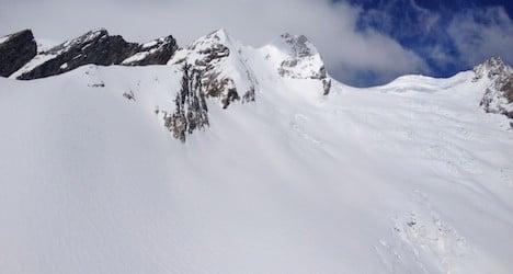 Skier dies from fall in Valais glacier crevasse