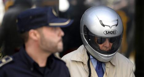 Spanish ex-cop denies Franco-era torture claim