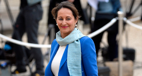 French minister Royal denies ban on cleavage
