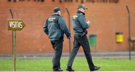 Police face prison after torturing Brits