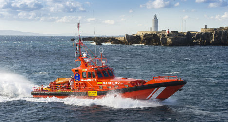 Three dead after boat capsizes off Spain