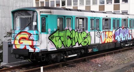Australian 'graffiti tourists' arrested in Paris