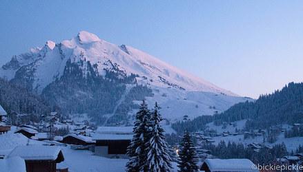Brit dies after ski slope crash in French Alps