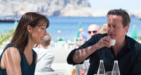 David Cameron to catch Easter sun in Spain