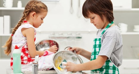 Law could force Spanish kids to do housework