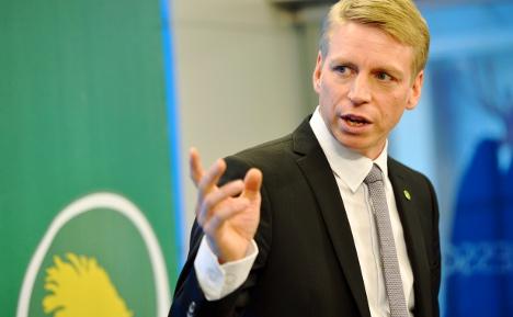 Greens push rich tax to finance schools