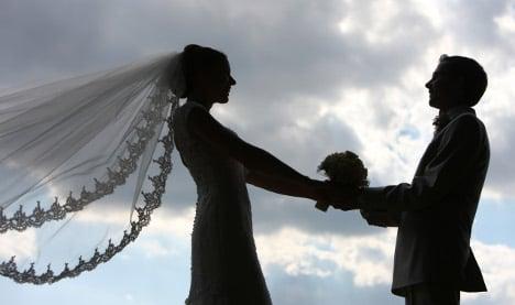 Groom 'kills bride' ten days before wedding