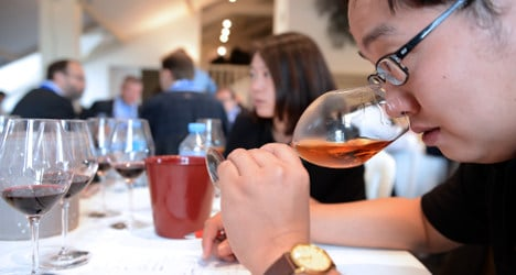 Chinese crackdown hurts French booze sales