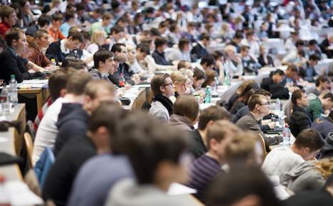 Minister praises Erasmus 'success story'