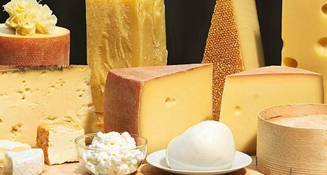 Specialist says Swiss eat too much salty cheese