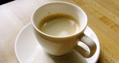 Lab results back caffeine benefit on Alzheimer's