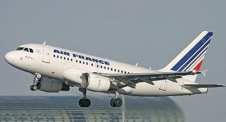 Air France fury over month-long pilots' strike