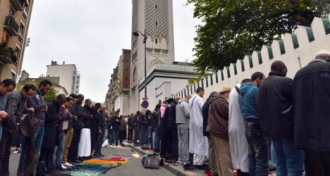 Threat letter to French mosque praises far right