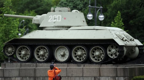 Petition fails to remove WWII Russian tanks