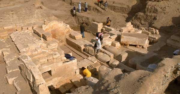 Spanish team finds hidden 'tomb of Jesus'