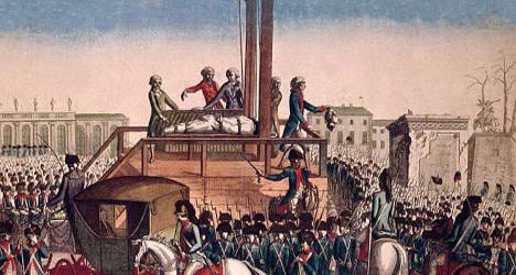 Blood on cloth didn't belong to King Louis XVI