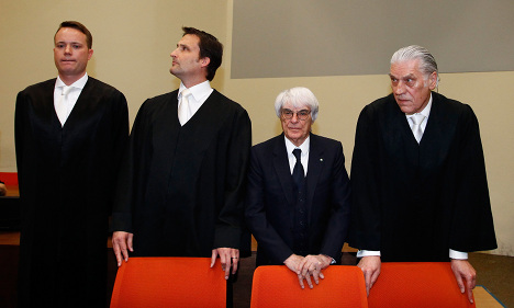 Ecclestone lawyers: Bribes never happened