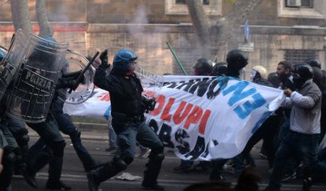 Dozens hurt in Rome anti-government protest