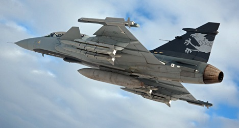 Swiss voters set to sink Swedish jet fighter deal