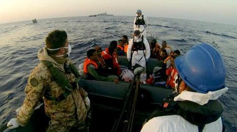 Sicilian police investigate murder on migrant boat