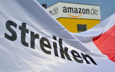 Amazon workers down tools again