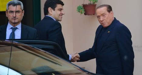 Silvio Berlusconi begins community service