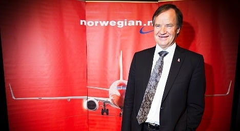 Norwegian shocks union with text message threat