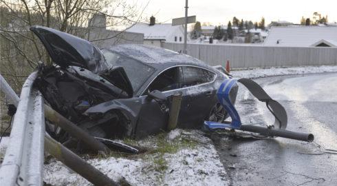 Norway ski star trashes car after drink binge