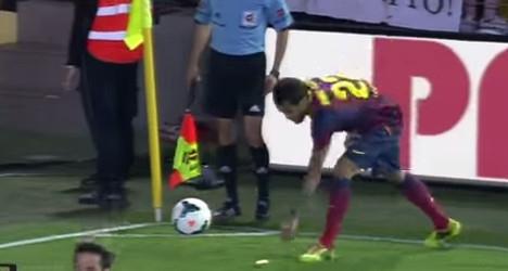 Spanish club fined €12K in racist 'banana row'
