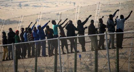 140 migrants storm Spanish border in Melilla
