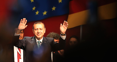 Erdogan told not to 'split' Austrian society