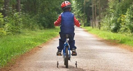 Paris rolls out Velib' bike rental scheme for kids