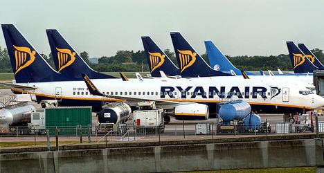 Ryanair tells EU to ban French airport strikes
