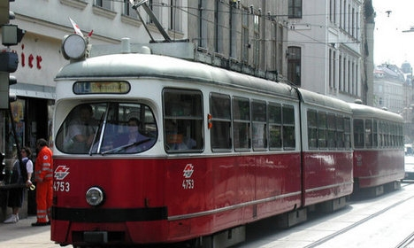 Vienna's public transport strikes for three minutes