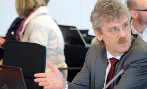 Berlin airport director fired in bribery probe
