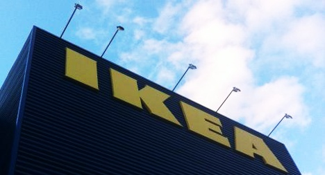 Spaniards camp outside Ikea to be first inside